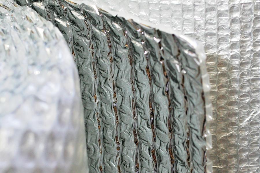 Folie cu bule aluminizată - detaliu