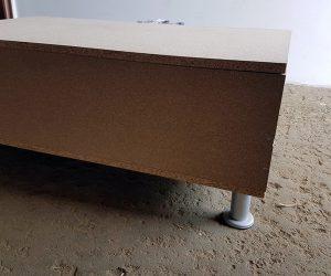 Cutie pentru transport produsa de Axtrom - picioare